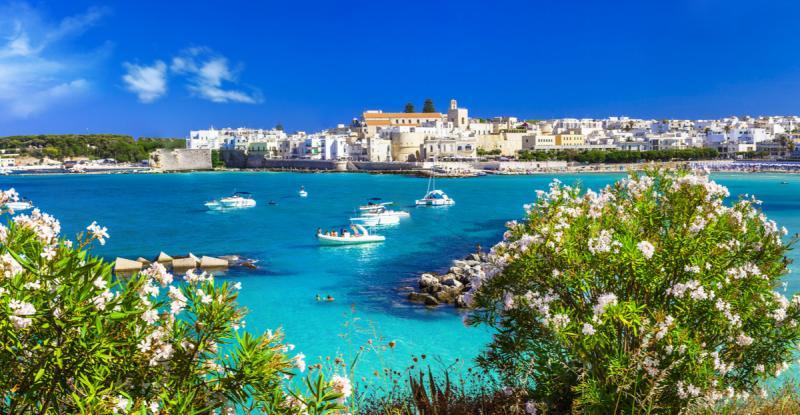 Otranto, dans les Pouilles @Shutterstock