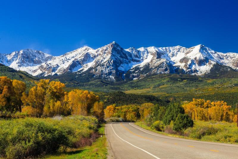 Roadtrip sur les routes du Colorado, avec les Rocheuses en toile de fond